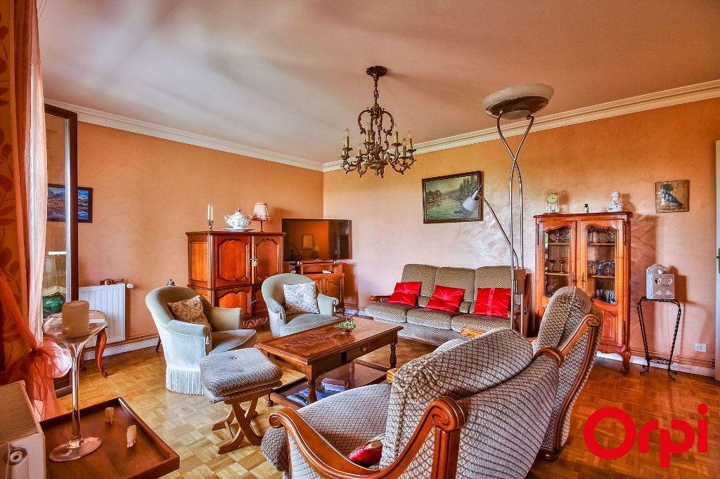 Appartement à vendre 5 109.07m2 à Sainte-Foy-lès-Lyon vignette-4