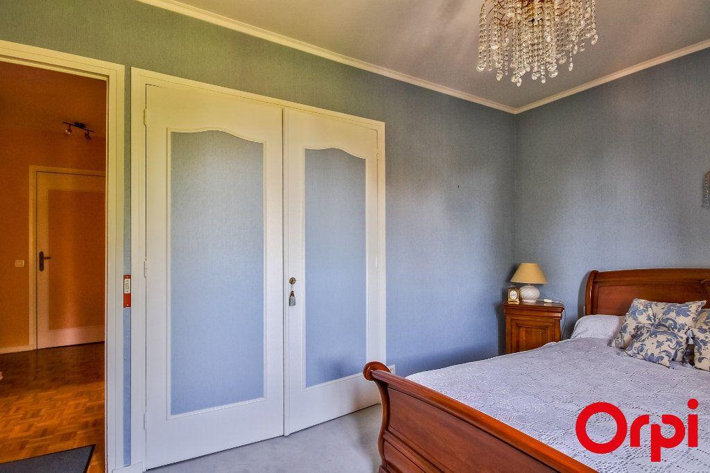 Appartement à vendre 5 109.07m2 à Sainte-Foy-lès-Lyon vignette-12