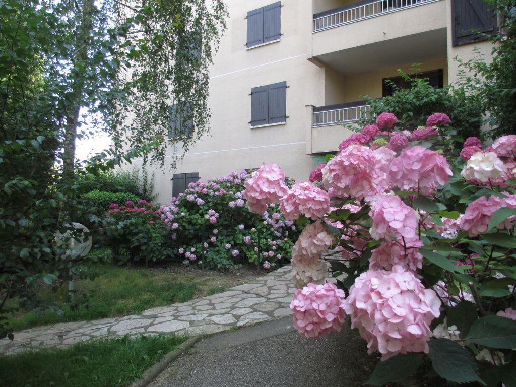 Appartement à vendre 5 109.07m2 à Sainte-Foy-lès-Lyon vignette-14