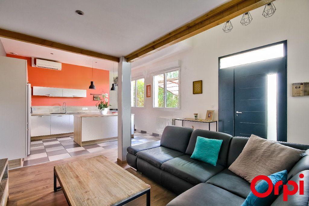 Appartement à vendre 4 80m2 à Caluire-et-Cuire vignette-2