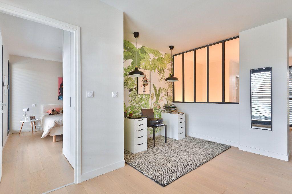 Maison à vendre 6 175m2 à Caluire-et-Cuire vignette-10