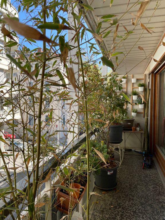 Appartement à vendre 3 70m2 à Lyon 6 vignette-2