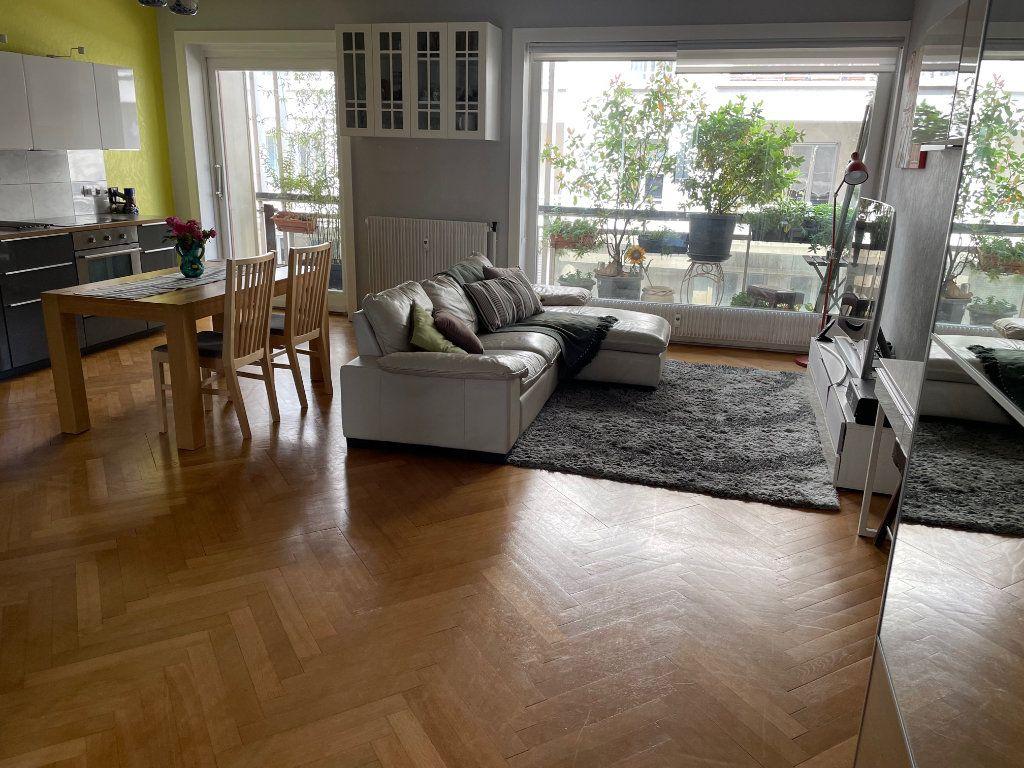 Appartement à vendre 3 70m2 à Lyon 6 vignette-4