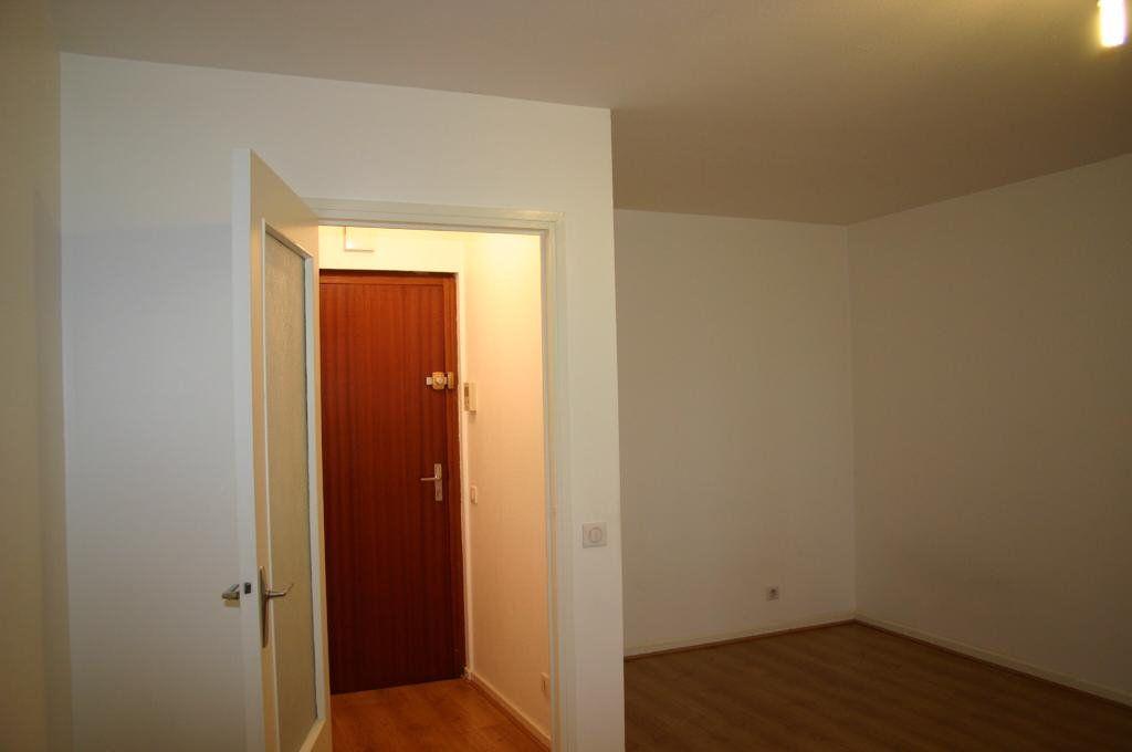 Appartement à vendre 1 32.89m2 à Sainte-Foy-lès-Lyon vignette-4