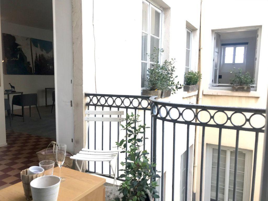 Appartement à vendre 3 63.26m2 à Lyon 2 vignette-1