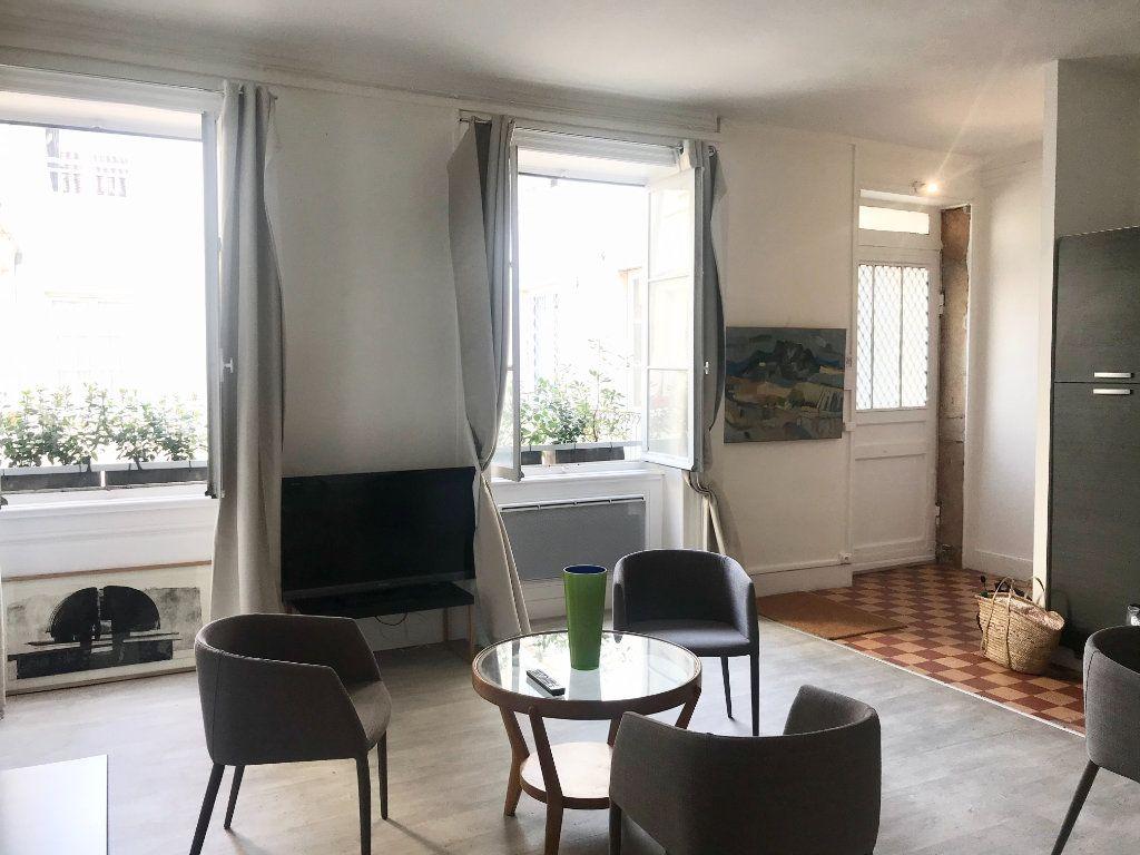 Appartement à vendre 3 63.26m2 à Lyon 2 vignette-2