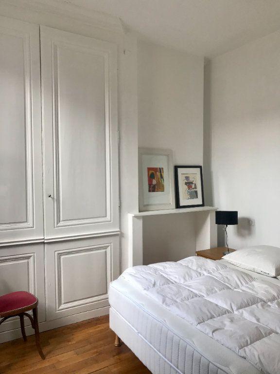 Appartement à vendre 3 63.26m2 à Lyon 2 vignette-6