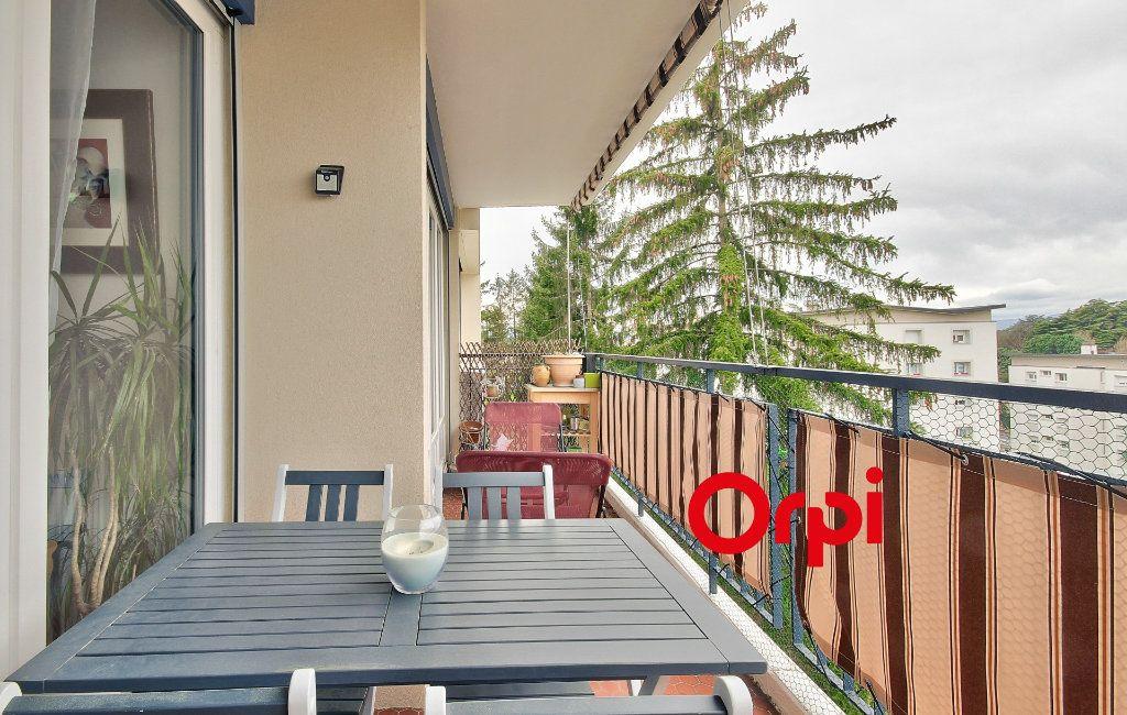 Appartement à vendre 5 102.46m2 à Sainte-Foy-lès-Lyon vignette-7