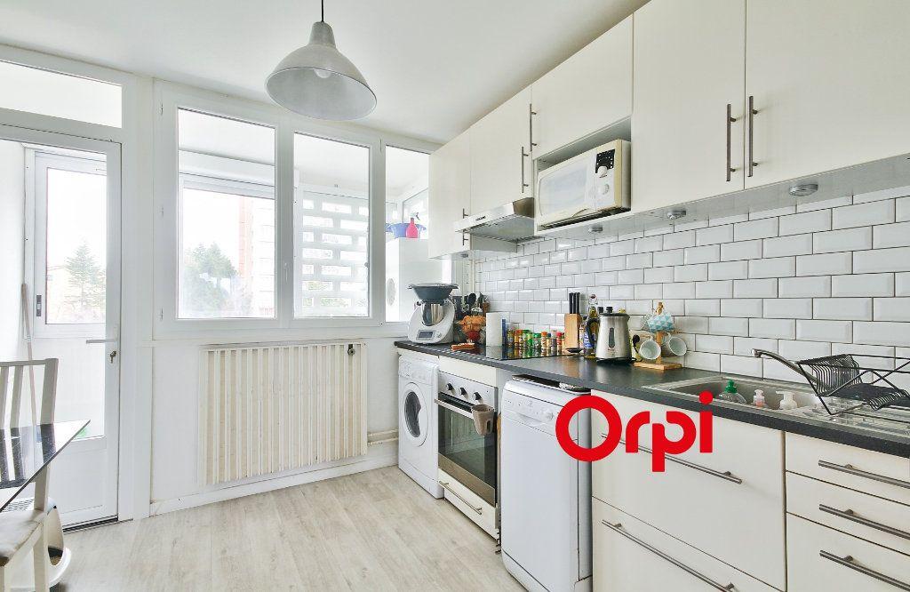 Appartement à vendre 5 102.46m2 à Sainte-Foy-lès-Lyon vignette-8