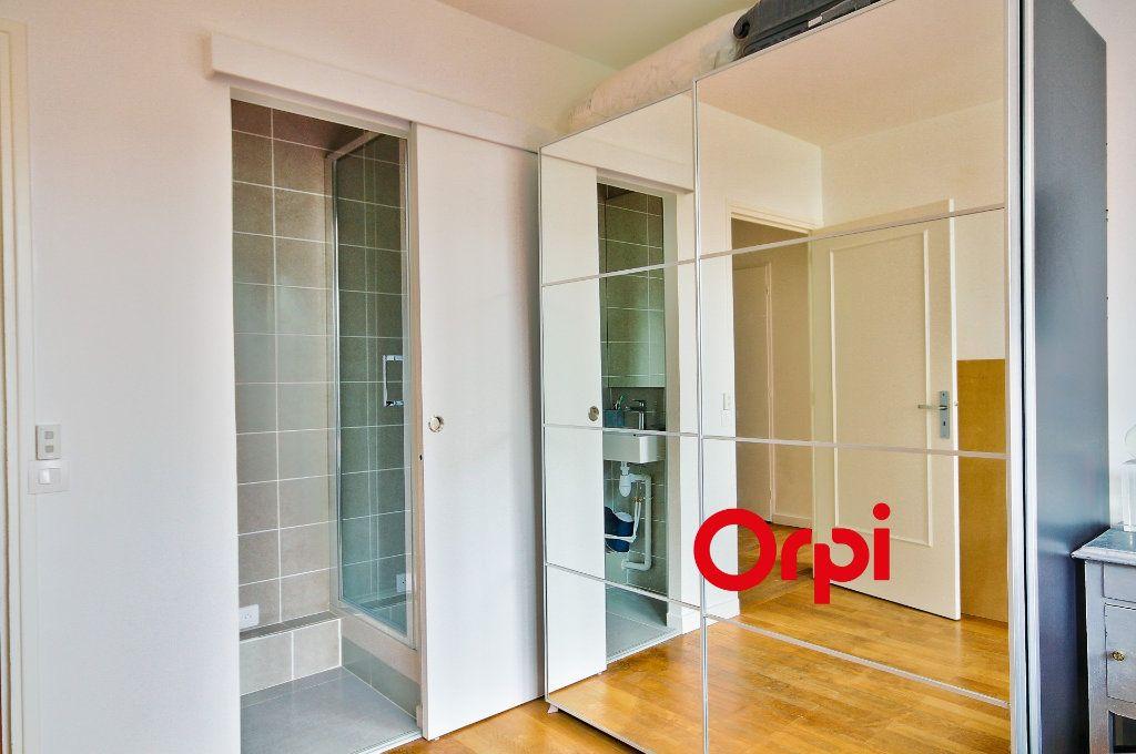 Appartement à vendre 5 102.46m2 à Sainte-Foy-lès-Lyon vignette-10