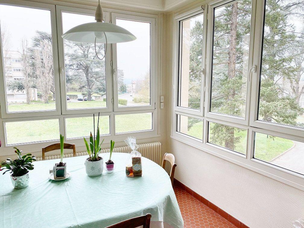 Appartement à vendre 6 168.02m2 à Sainte-Foy-lès-Lyon vignette-6