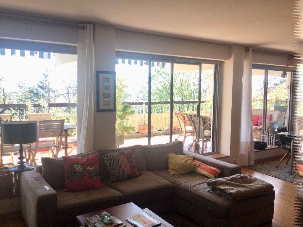 Appartement à vendre 7 148m2 à Sainte-Foy-lès-Lyon vignette-2