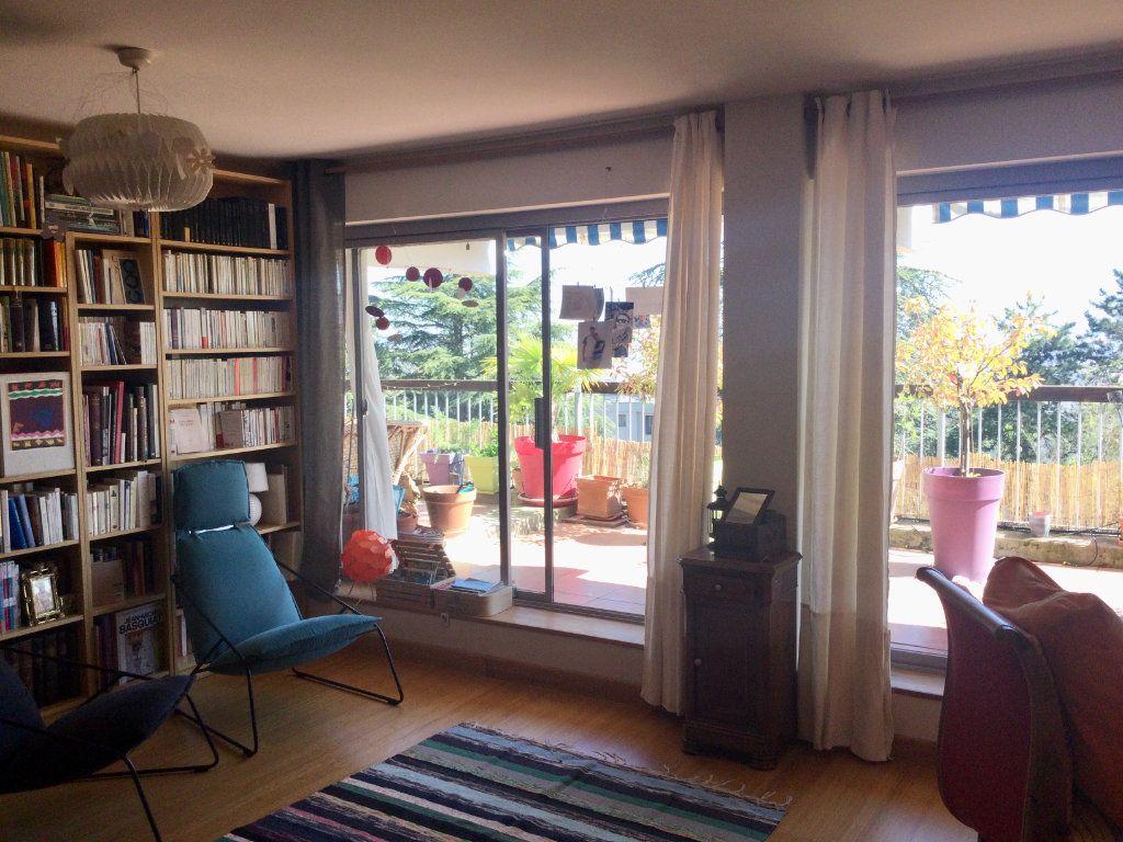 Appartement à vendre 7 148m2 à Sainte-Foy-lès-Lyon vignette-6