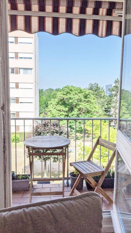 Appartement à vendre 4 82.16m2 à Sainte-Foy-lès-Lyon vignette-2