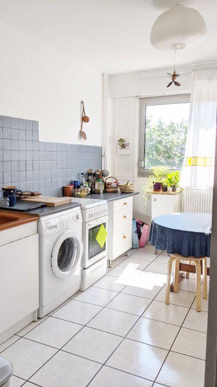 Appartement à vendre 4 82.16m2 à Sainte-Foy-lès-Lyon vignette-6