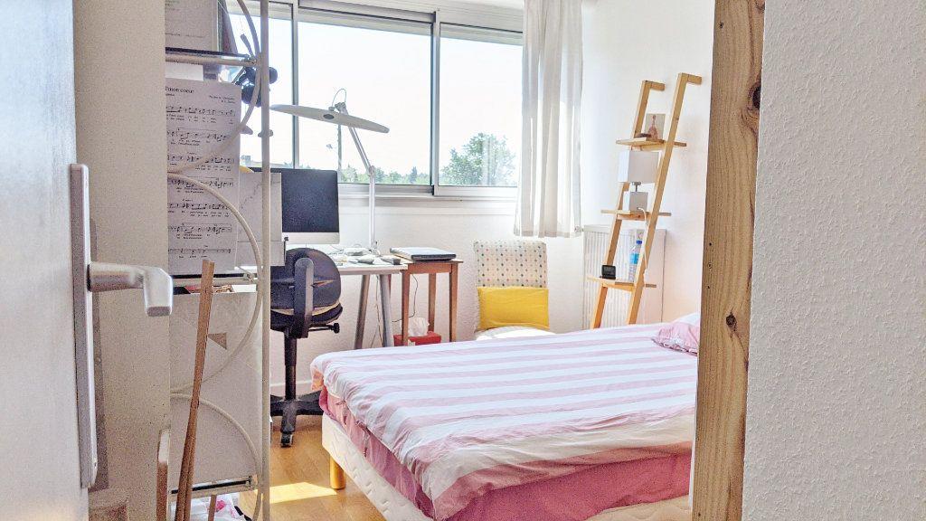 Appartement à vendre 4 82.16m2 à Sainte-Foy-lès-Lyon vignette-8