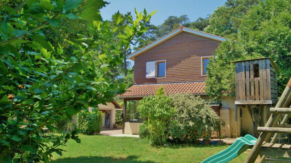 Maison à vendre 5 120m2 à Tassin-la-Demi-Lune vignette-1