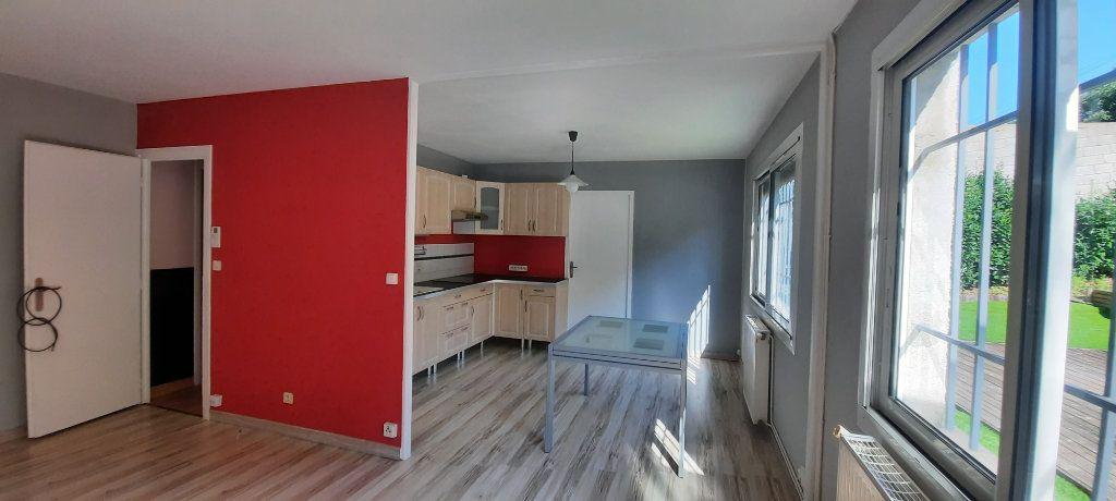 Appartement à louer 3 61.65m2 à Sainte-Foy-lès-Lyon vignette-4