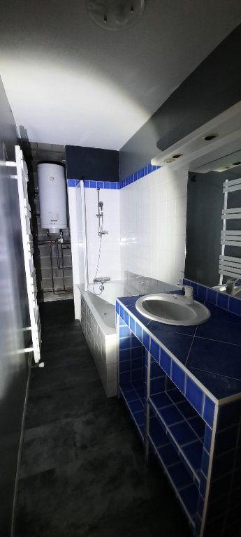 Appartement à louer 3 61.65m2 à Sainte-Foy-lès-Lyon vignette-5