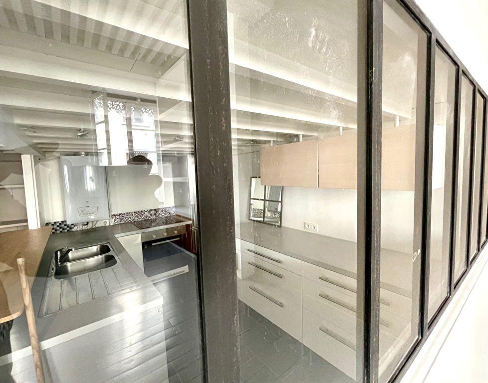 Appartement à vendre 4 53m2 à Lyon 4 vignette-2