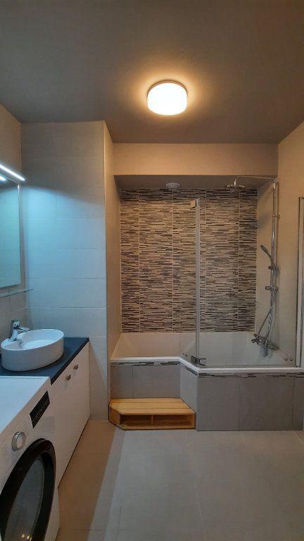 Appartement à louer 3 77.82m2 à Sainte-Foy-lès-Lyon vignette-8