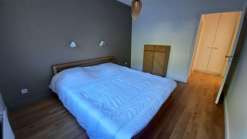 Appartement à louer 3 77.82m2 à Sainte-Foy-lès-Lyon vignette-10