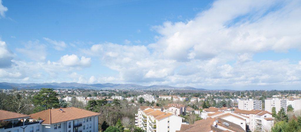 Appartement à vendre 6 100.73m2 à Lyon 5 vignette-1