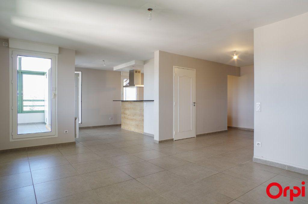 Appartement à vendre 6 100.73m2 à Lyon 5 vignette-2