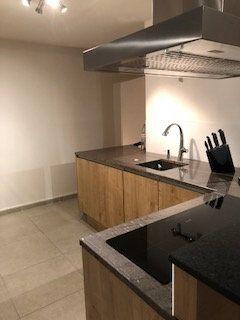 Appartement à vendre 6 100.73m2 à Lyon 5 vignette-3