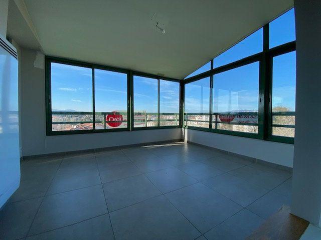 Appartement à vendre 6 100.73m2 à Lyon 5 vignette-6