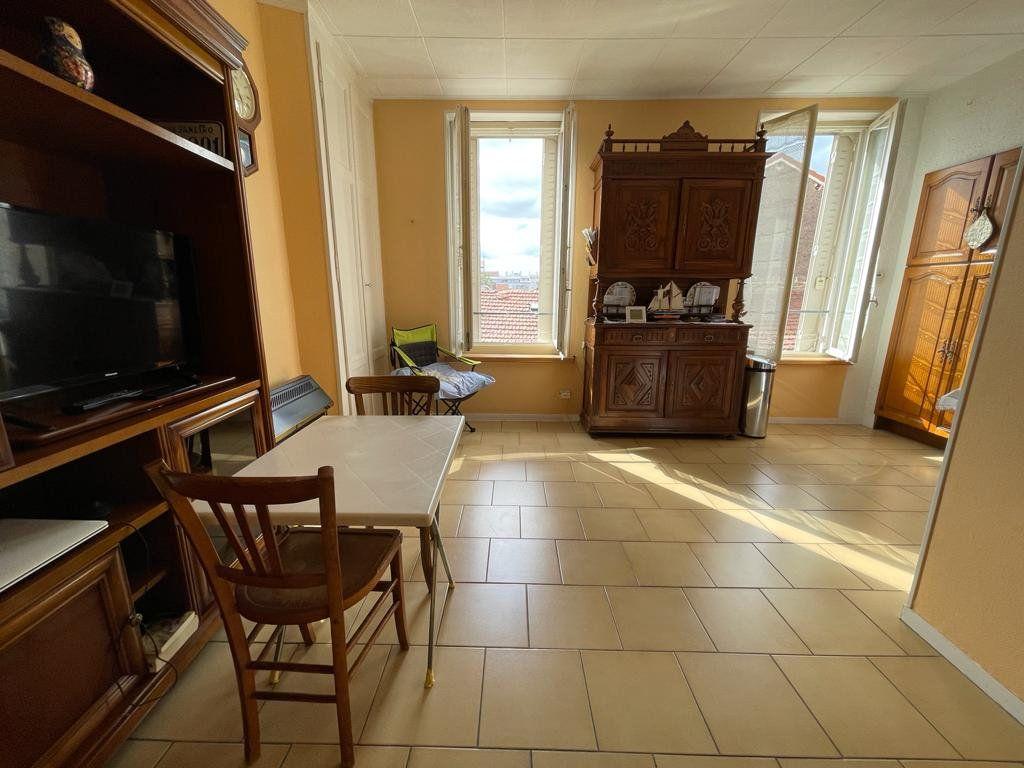 Appartement à vendre 2 41.66m2 à Lyon 3 vignette-3