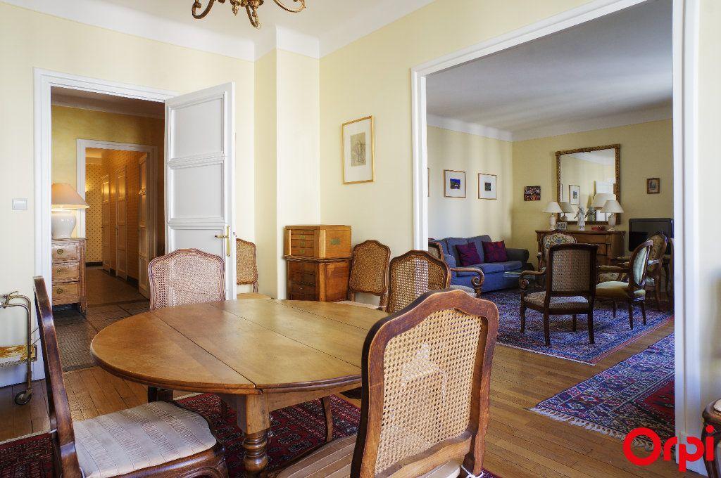 Appartement à vendre 4 128.29m2 à Lyon 6 vignette-5