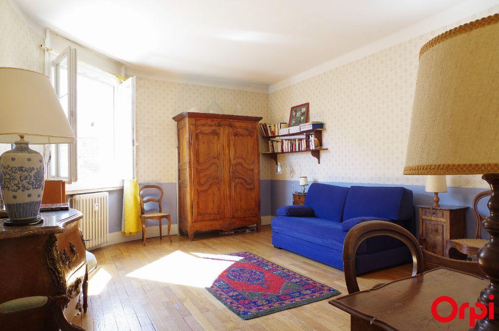Appartement à vendre 4 128.29m2 à Lyon 6 vignette-7