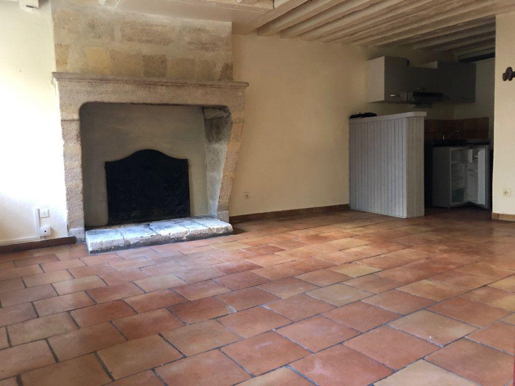 Appartement à louer 1 30m2 à Bordeaux vignette-1
