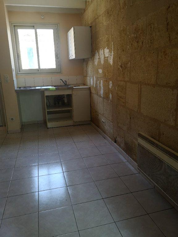 Maison à louer 2 32m2 à Bordeaux vignette-2