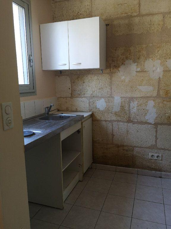 Maison à louer 2 32m2 à Bordeaux vignette-3
