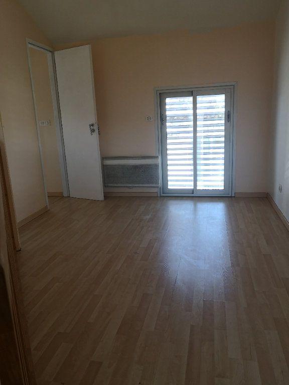 Maison à louer 2 32m2 à Bordeaux vignette-5