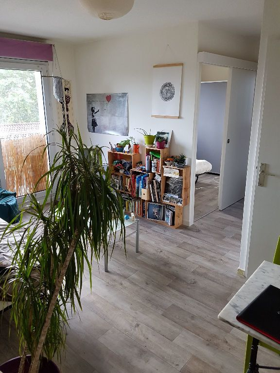 Appartement à louer 2 28.25m2 à Bordeaux vignette-2