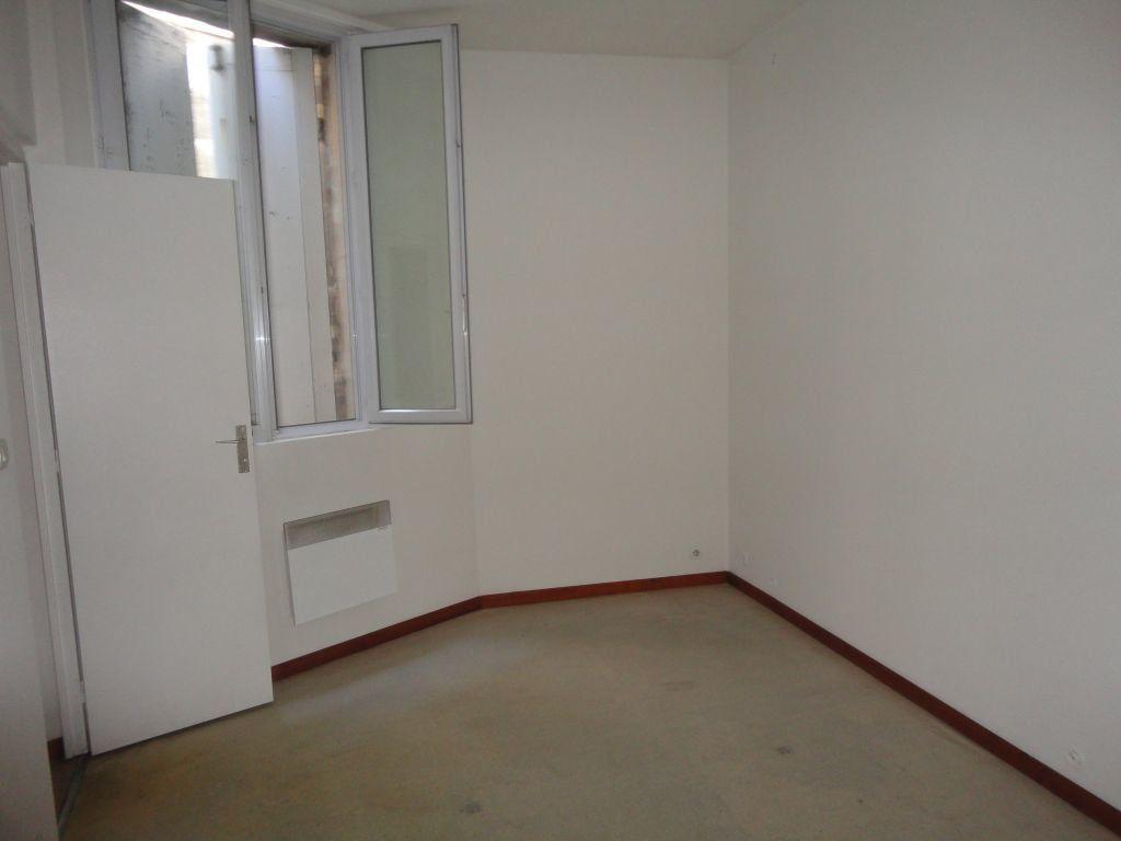 Maison à louer 3 52.57m2 à Bordeaux vignette-1