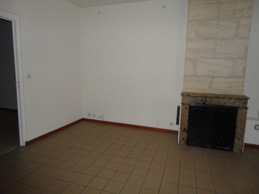 Maison à louer 3 52.57m2 à Bordeaux vignette-4