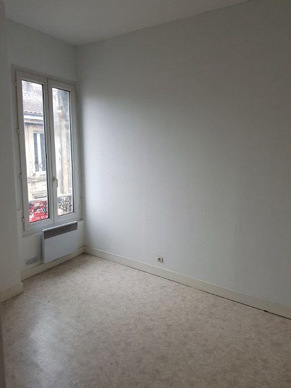 Appartement à louer 2 49.97m2 à Bordeaux vignette-2