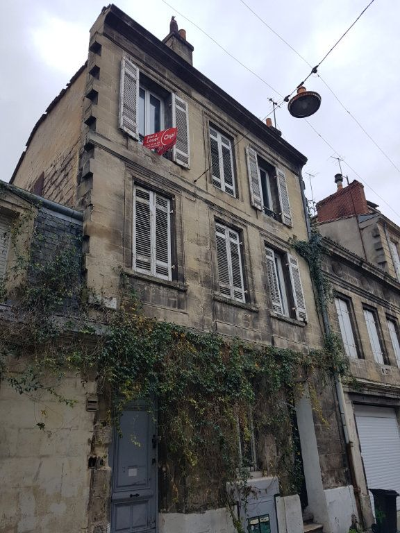 Appartement à louer 2 49.97m2 à Bordeaux vignette-6