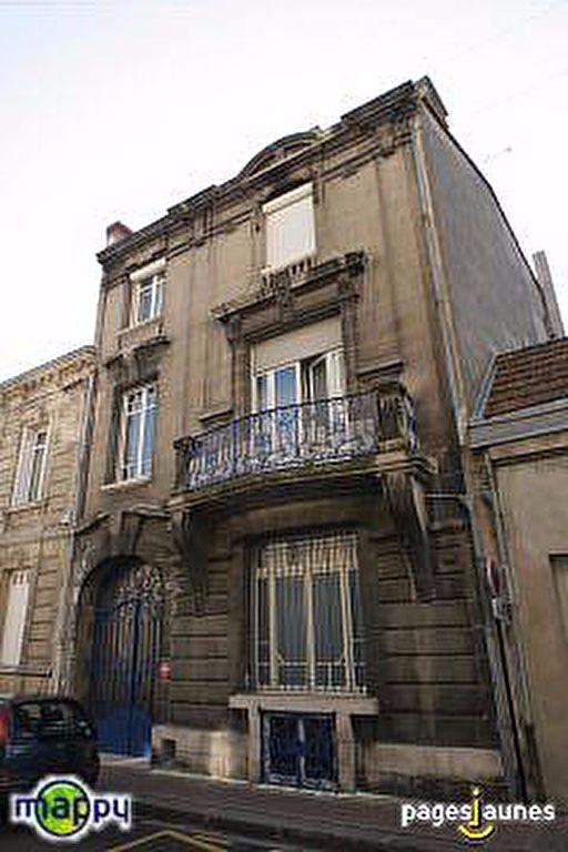 Appartement à louer 2 39.25m2 à Bordeaux vignette-6