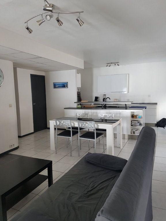 Appartement à louer 3 89m2 à Bordeaux vignette-3
