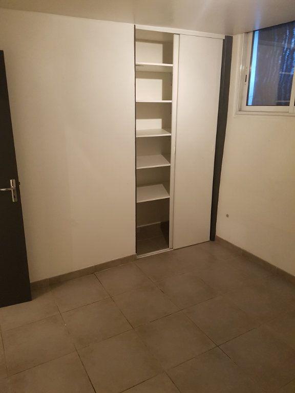 Appartement à louer 3 89m2 à Bordeaux vignette-5