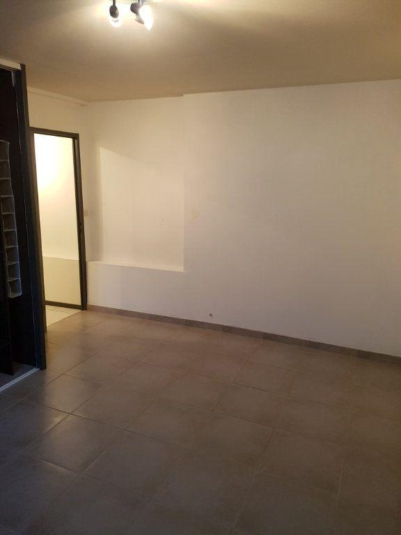 Appartement à louer 3 89m2 à Bordeaux vignette-7