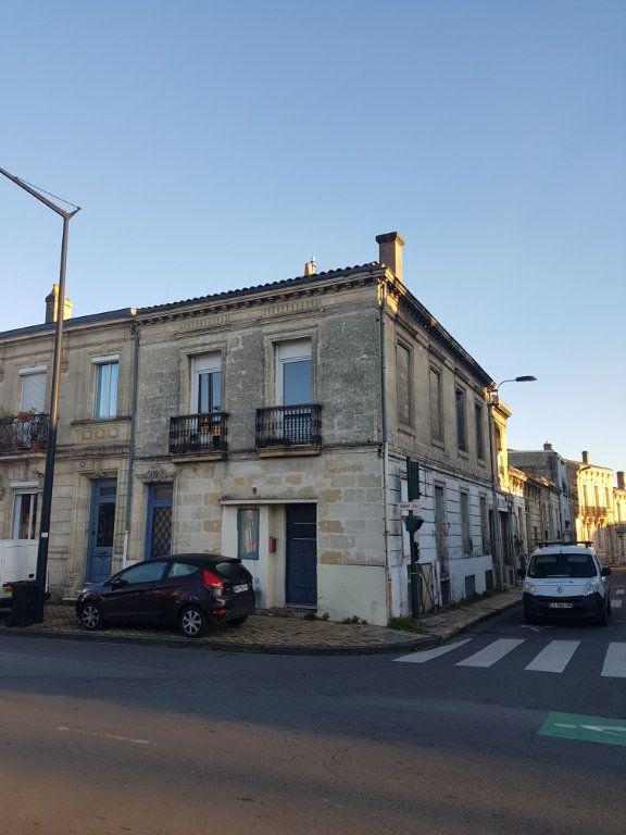 Appartement à louer 3 89m2 à Bordeaux vignette-10