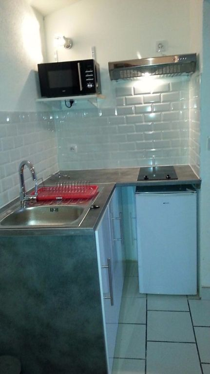 Appartement à louer 1 27.75m2 à Bordeaux vignette-3