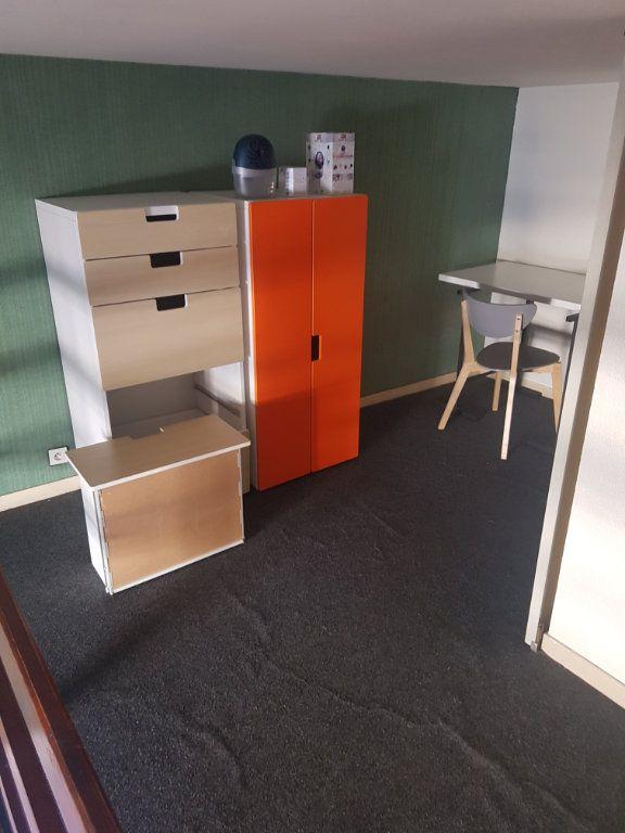 Appartement à louer 1 30m2 à Bordeaux vignette-4