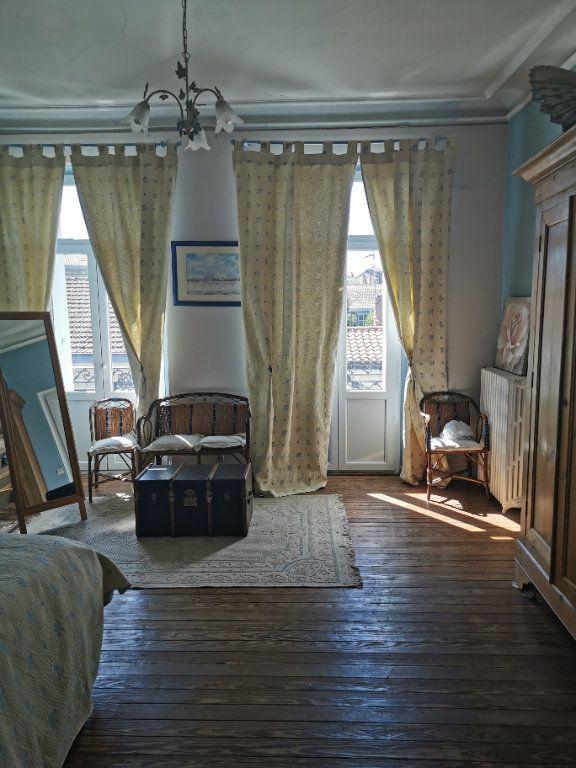 Maison à vendre 8 240m2 à Bordeaux vignette-9